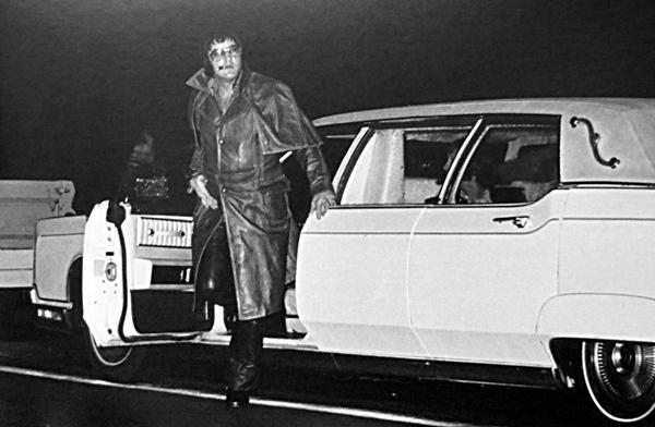 Zizis en folie 1977 restored - 4 1